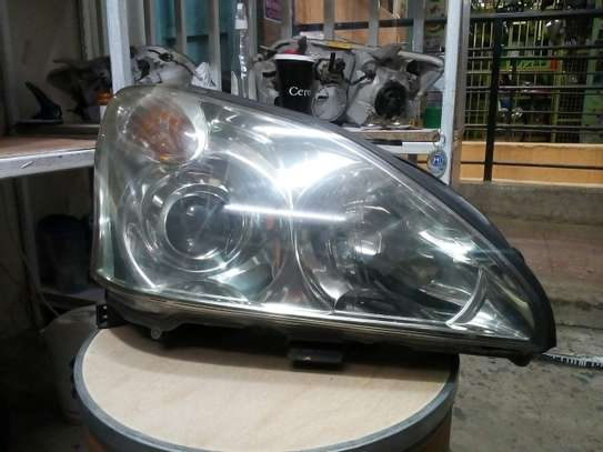 Toyota harrier 240 headlights image 1