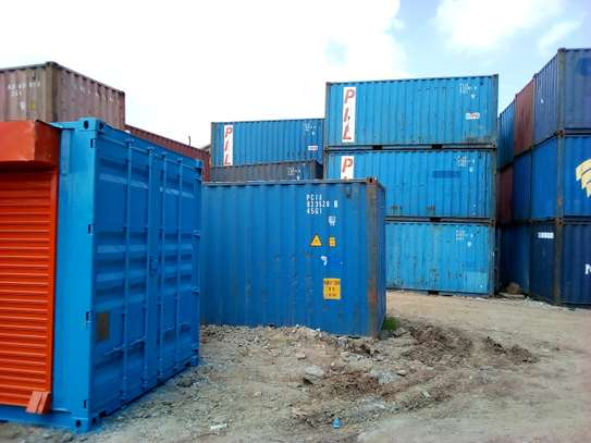 Shipping containers center image 5