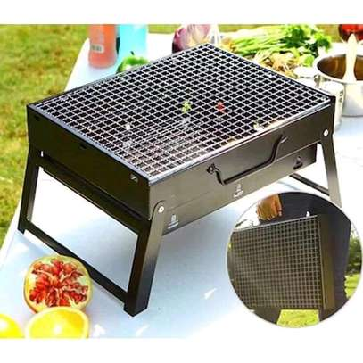 Foldable Portable barbecue charcoal grill image 3