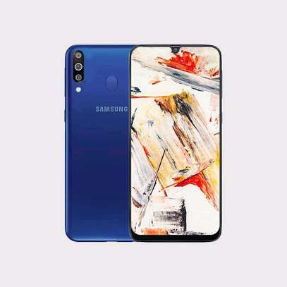 Samsung Galaxy M30 6.4″ 32GB+3GB RAM Tripple Camera, 5000mAh image 1