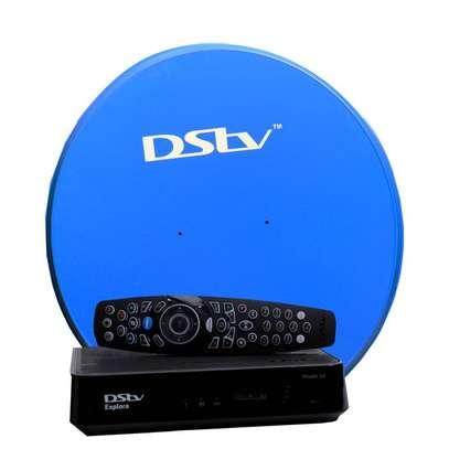 Dstv Explora Complete Kit - DStv Explora 3 Decoder (Pace) - Black + Dish (Smart lnb image 1