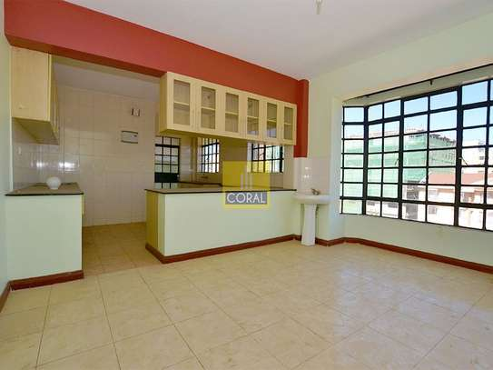 Parklands - Flat & Apartment image 3
