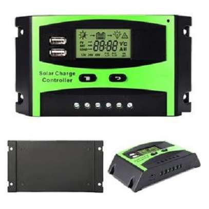 Solarmax 20A LCD Auto PWM Solar Cell Panel Battery Charge Controller Regulators LCD Display Dual USB 12V/24V image 3