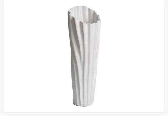 Flower vase image 1