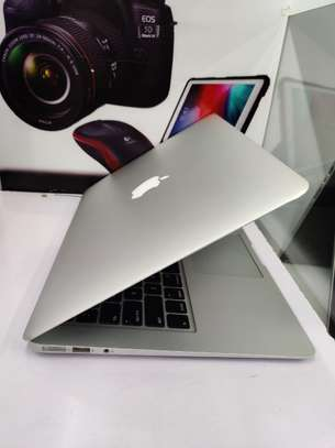 "Macbook Air 13"" 2015 model core i7 256ssd hard disk 8gb ram 2.2Ghz image 1"