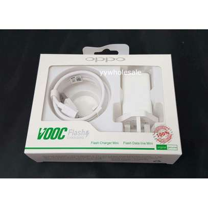 Original Oppo VOOC 5V 2.4A Flash Charger For Android image 2