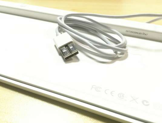 Apple MAC G6 A1243 Keyboard Wired USB w/ Numeric Keypad Full Size-UK/GB English image 5