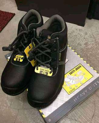 Safety Jogger work shoes image 2