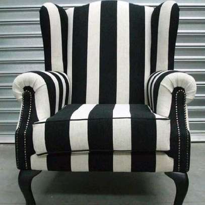 One seater sofa/King chair/wingback chair image 1