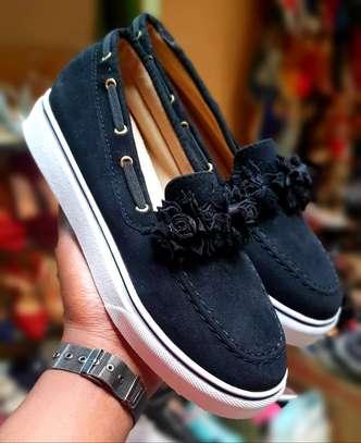 Fancy rubber sole shoes image 3