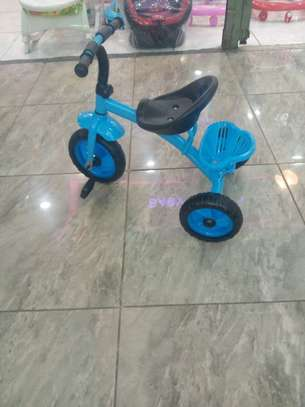 Tricycle 301A image 2