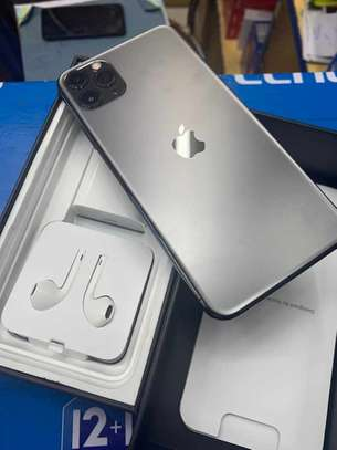 Iphone 11 pro max 256 gb image 1