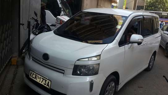 Toyota Noah 7sitter for Hire image 2