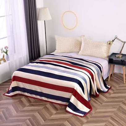 Fleece blanket image 13