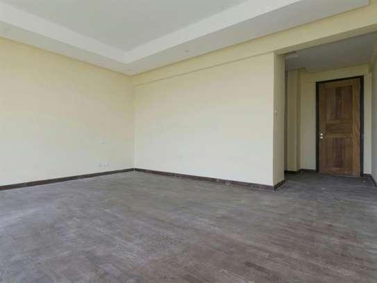Riverside - Flat & Apartment image 13