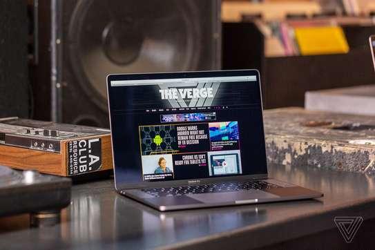 Core i5 macbook pro image 1