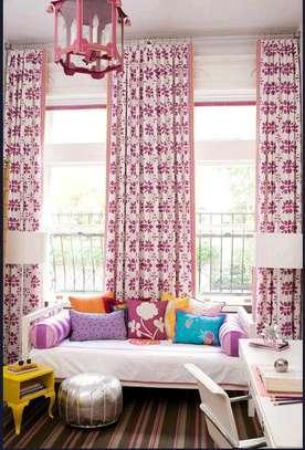 Decorative curtains image 1