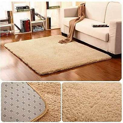 LUXURIOUS LARGE FLUFFY CARPETS 7*10