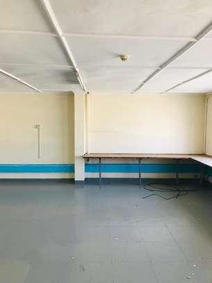 5000 ft² warehouse for rent in Mombasa CBD image 3