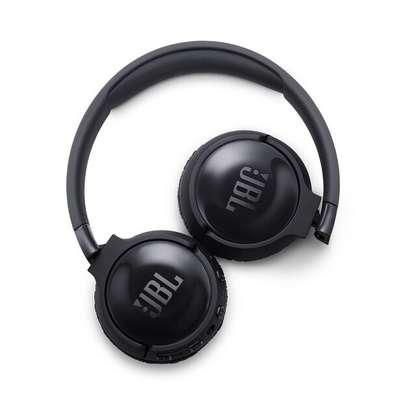 JBL TUNE 600BTNC - Noise Cancelling On-Ear Wireless Bluetooth Headphone image 3
