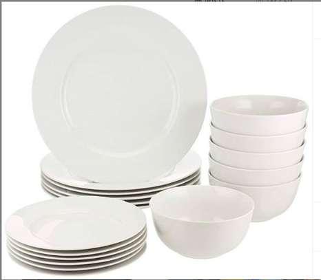 18 pieces dinner set image 1
