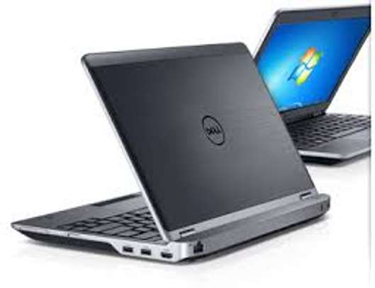 "Dell Latitude E6230  COREI7/4GB/320HDD 12.5"" Light Weight"