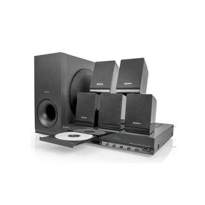 Sony DAV-TZ140- 300W 5.1Ch - DVD Home Theater image 2