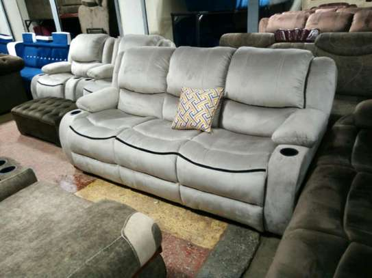 Luxurious Modern Quality 5 Seater Non-Reacliner Sofa image 3