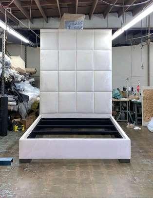 White beds for sale in Nairobi Kenya/Modern beds for sale in Nairobi Kenya image 1