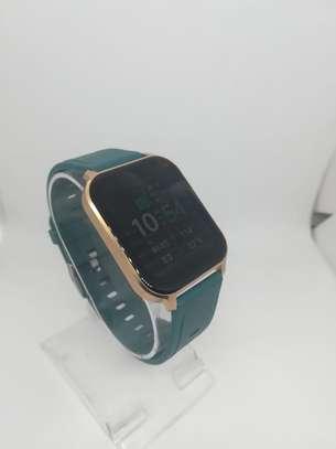 2021 Green Q18 Reloj Inteligente Smart Watch Ip68 Waterproof Fitness Tracker image 2