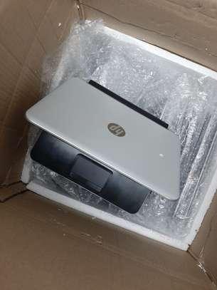 HP Notebook 210 G1 11.6'' Intel Core i3-i3-4010U 4GB Memory 320GB HDD Win10Pro (Refurb) image 2