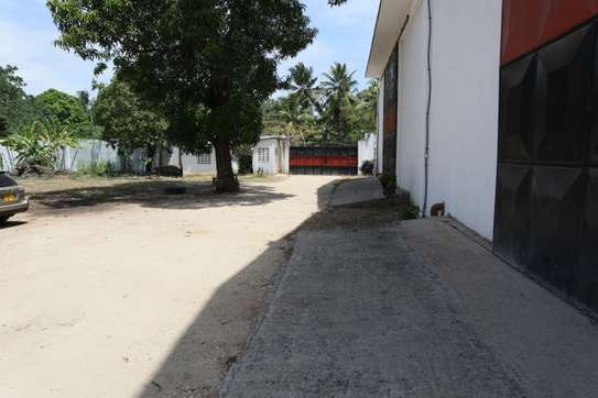 15000 ft² commercial property for rent in Mtwapa image 6