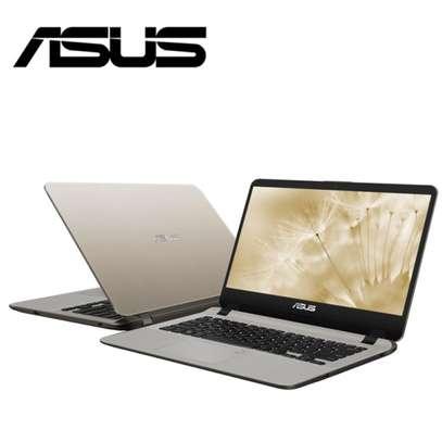 Asus Vivobook UX407 Laptop Core i3 7th Gen 4gb/1TB /Win 10 image 2