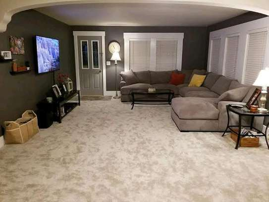 Grand wall to wall carpet image 1