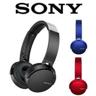 sony wireless stereo headset image 2
