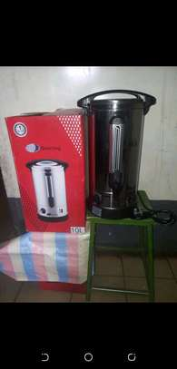 Electric tea urn image 1