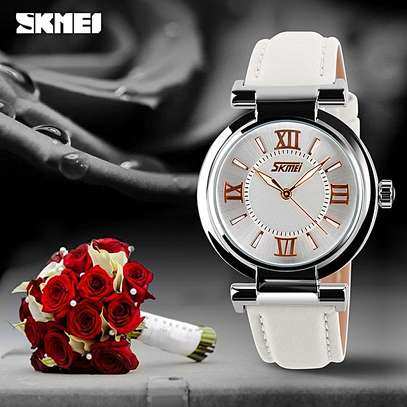 Skmei 9075 Women Luxury Quartz Watch (Genuine Leather Strap)