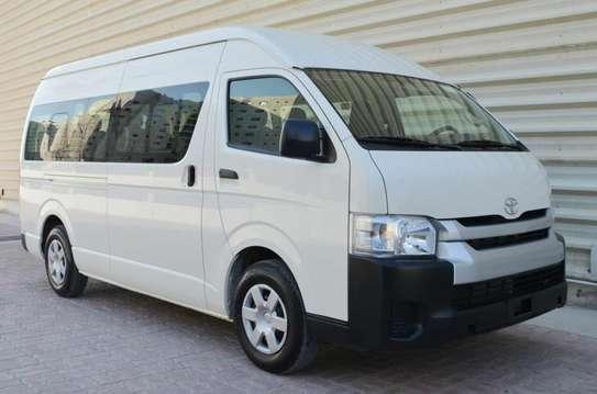 Toyota HiAce image 1