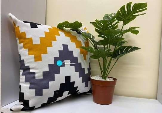 fiber throw pillows image 3