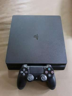 PS4 Slim- pre owned image 3