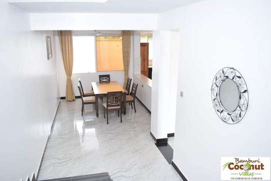 4 bedroom apartment for sale in Nyali Area image 6