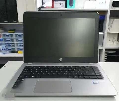 new laptop hp elitebook 840 g4 4gb intel core i5  500gb
