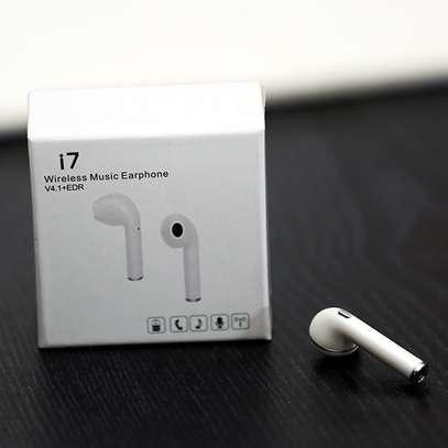 White i7-TWS Earbuds image 1