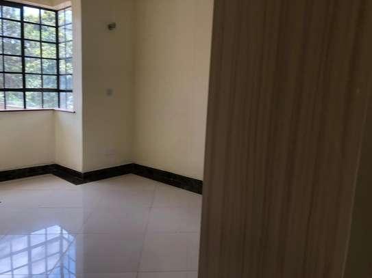 4 bedroom townhouse for rent in Kitisuru image 5
