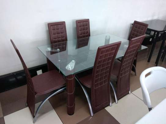 Brand new dining table UR44 image 1