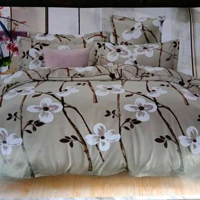 COTTON DUVETS WITH 1 BEDSHEET AND 2 PILLOW CASES image 2