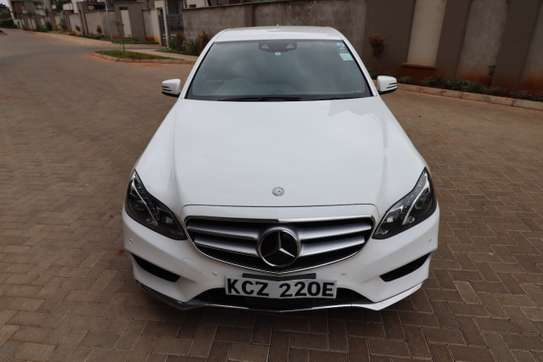 Mercedes-Benz E250 image 7