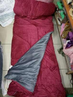 Valvet woolen blankets duvets image 5