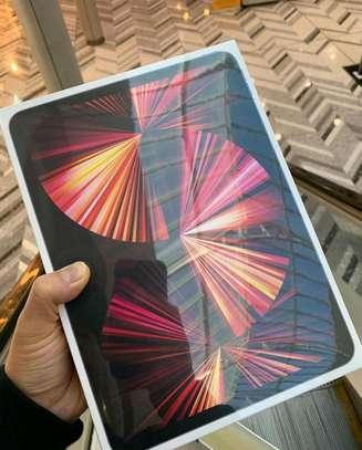 Apple 12.9 iPad Pro M1 Chip (Mid 2021, 128GB image 1