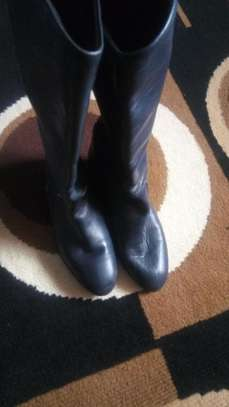 Lady boots. image 1